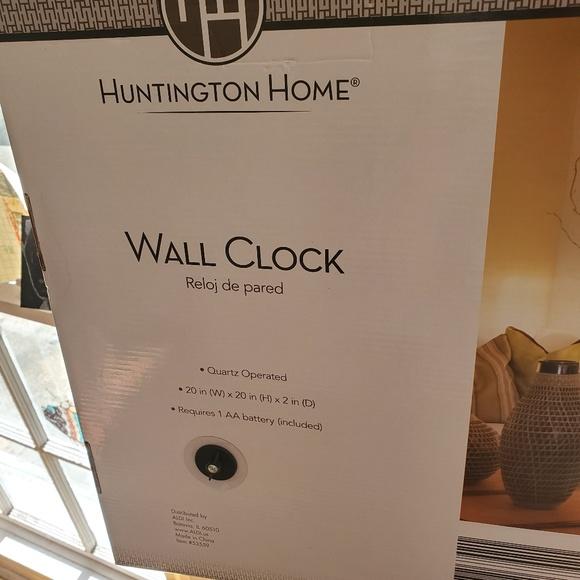 Huntington Home Wall Decor Huntington Home Wall Clock 2 Poshmark